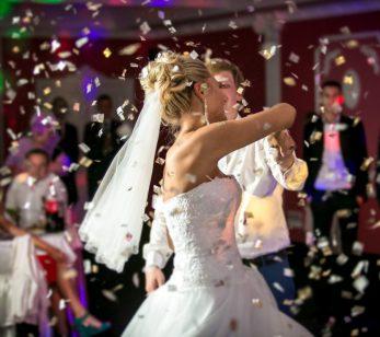 romantischer Hochzeitstanz mit einem DU-Disco Hochzeits DJ