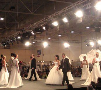 Hochzeitsmodenschau mit Licht und Tontechnik der DU-Disco